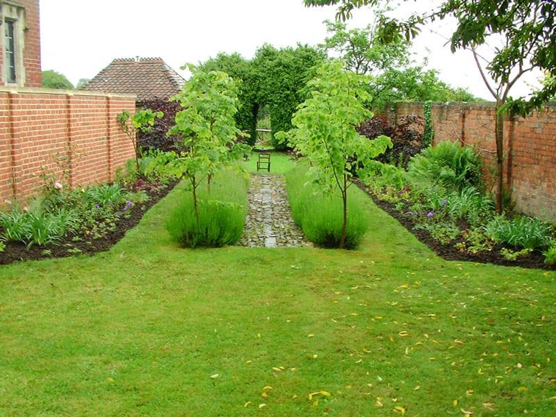 malmesbury-walled-garden-10