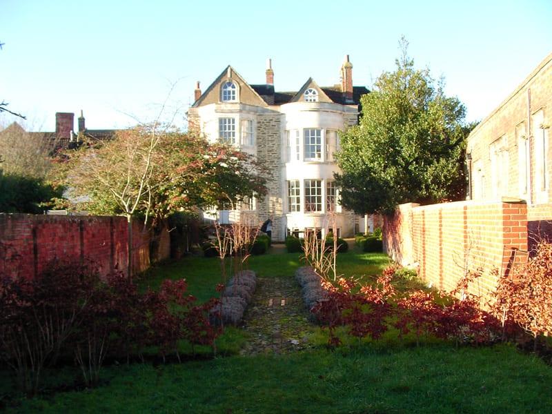 malmesbury-walled-garden-2