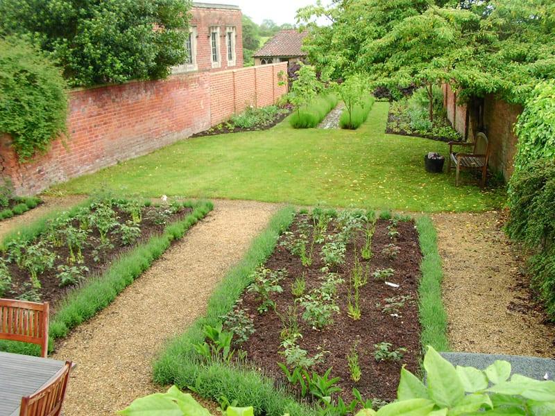 malmesbury-walled-garden-5